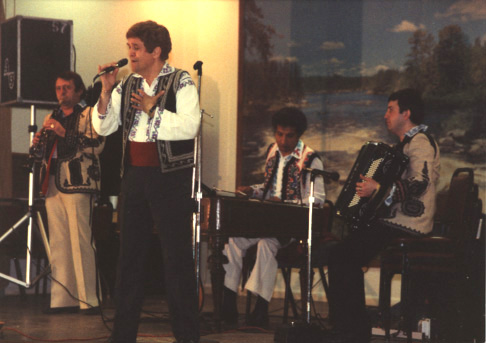 Accompanying Benone Sinulescu, Detroit (1989)